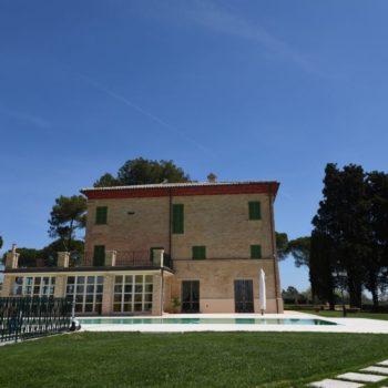 Villa Marina. Restauro e ristrutturazione di una villa dell'Ottocento sui colli di Recanati