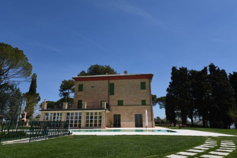 Restoration project of an ancient villa around Recanati
