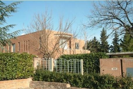 ristrutturazione ancona: villa moderna a Monsano